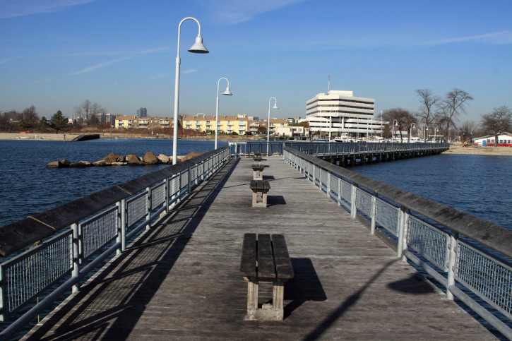 Boardwalk in Connecticut with no trash due to the efforts of Oak Ridge Waste